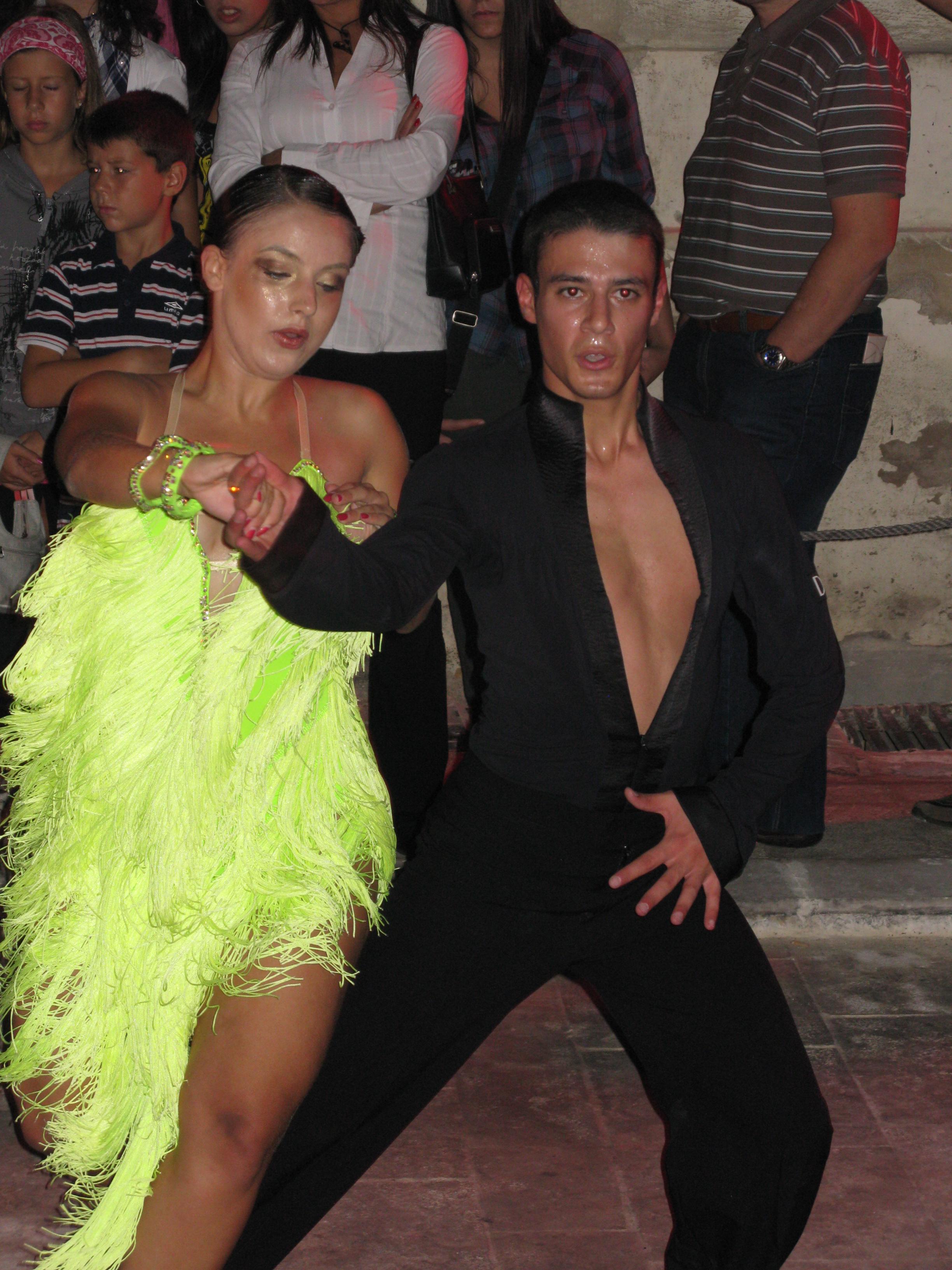 Dancers at Notte Bianca - Lejl Imdawwal