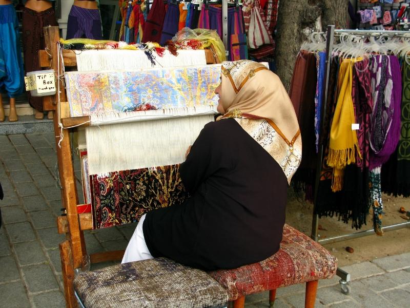 carpet weaving in Turkey